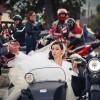 Drumul mirilor Amalia si Razvan din ziua nuntii de la biserica spre restaurant ... pe motociclete, un moment inedit.
